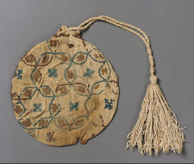 embroideredlinenbag